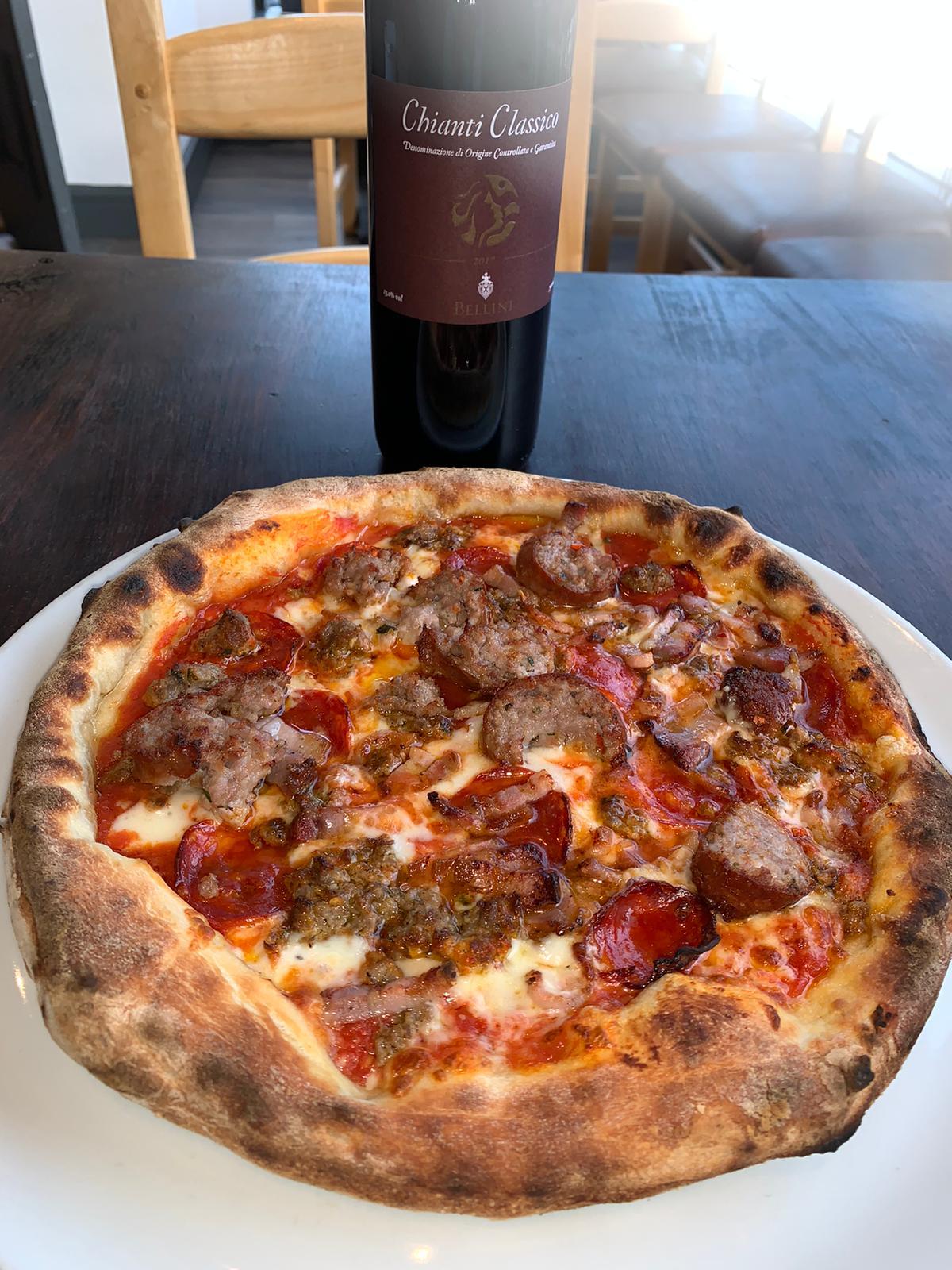 Pizzeria Villaggio Porco Pizza